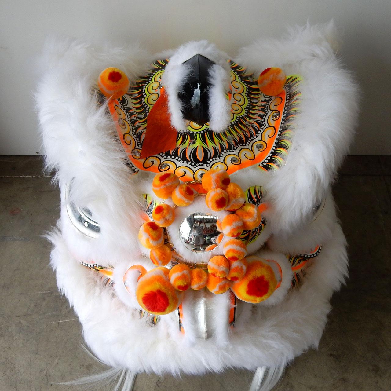 traditional-futhok-white-yellow-top
