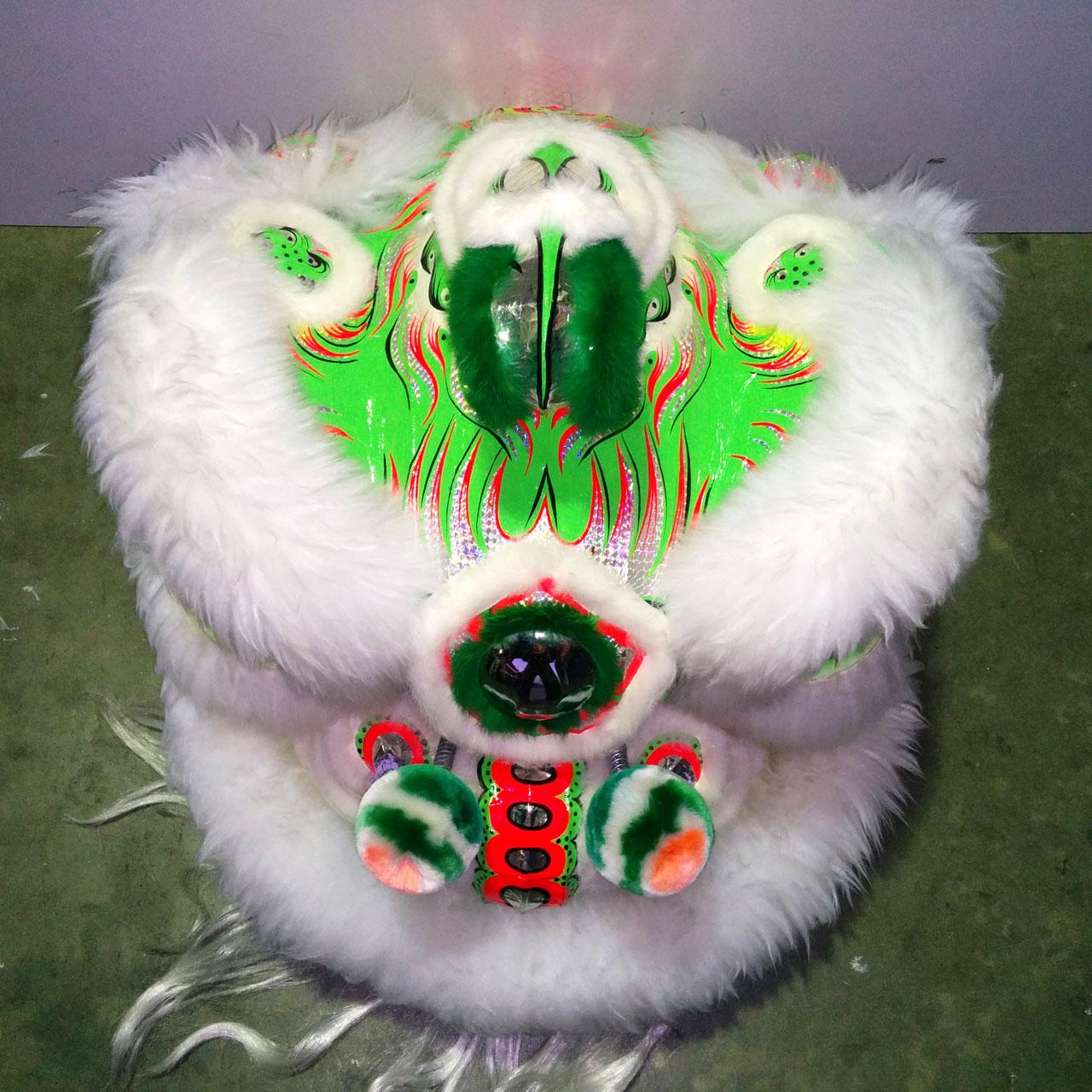 modern-hoksan-white-green-top